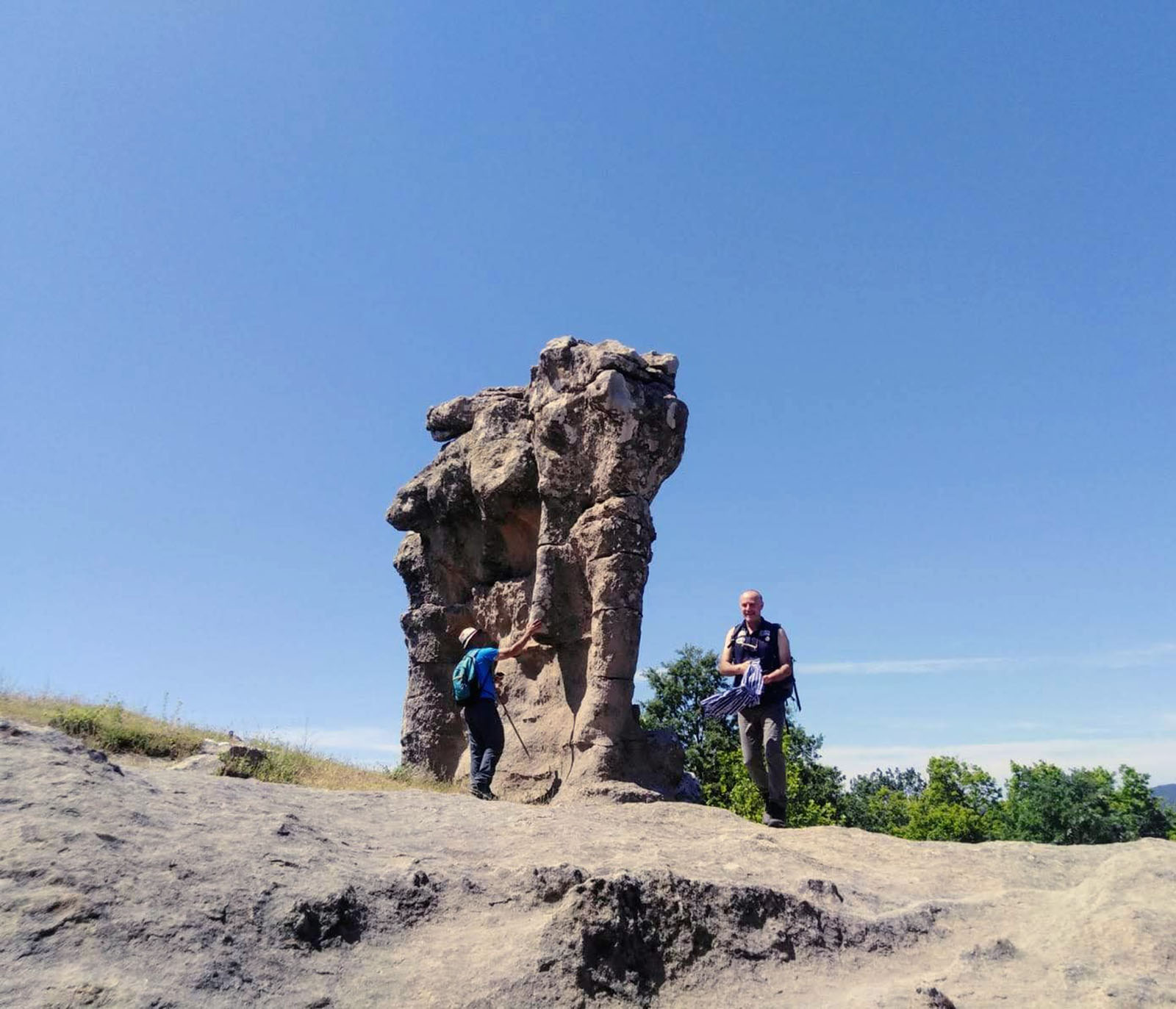 Cammino Basiliano: Giganti di Pietra all'Incavallicata