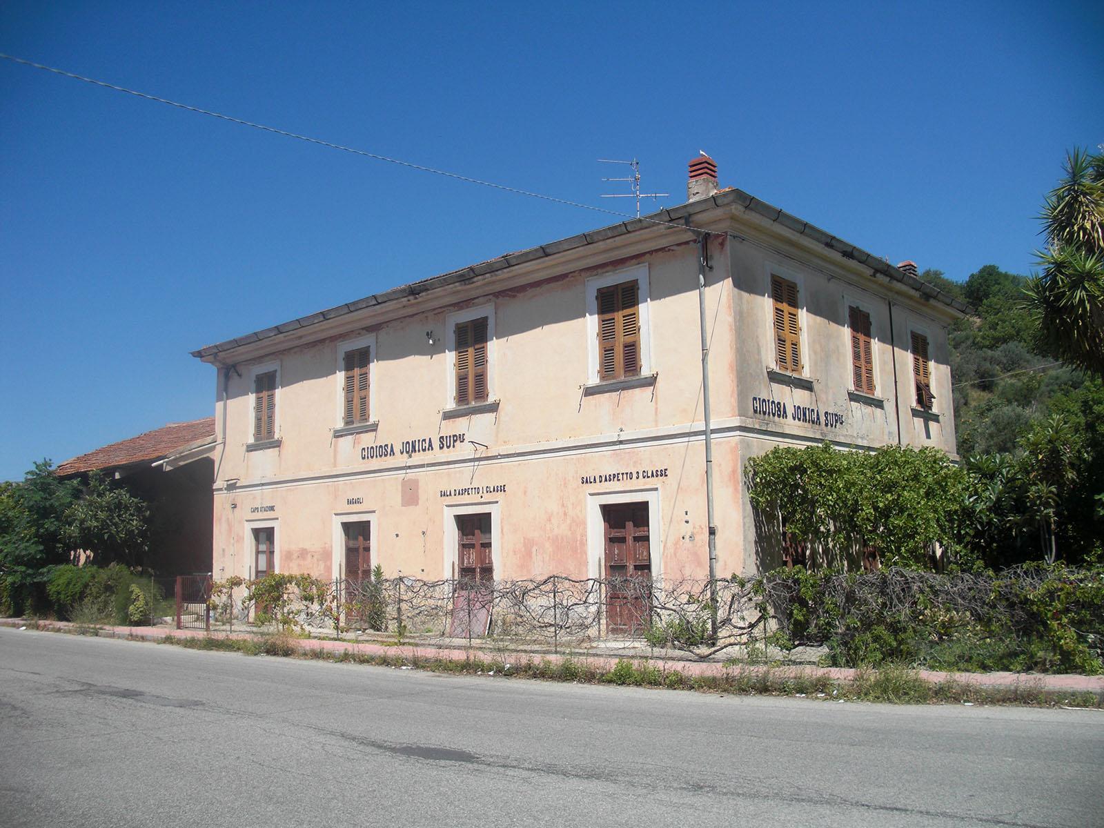 Vecchia stazione di Gioiosa