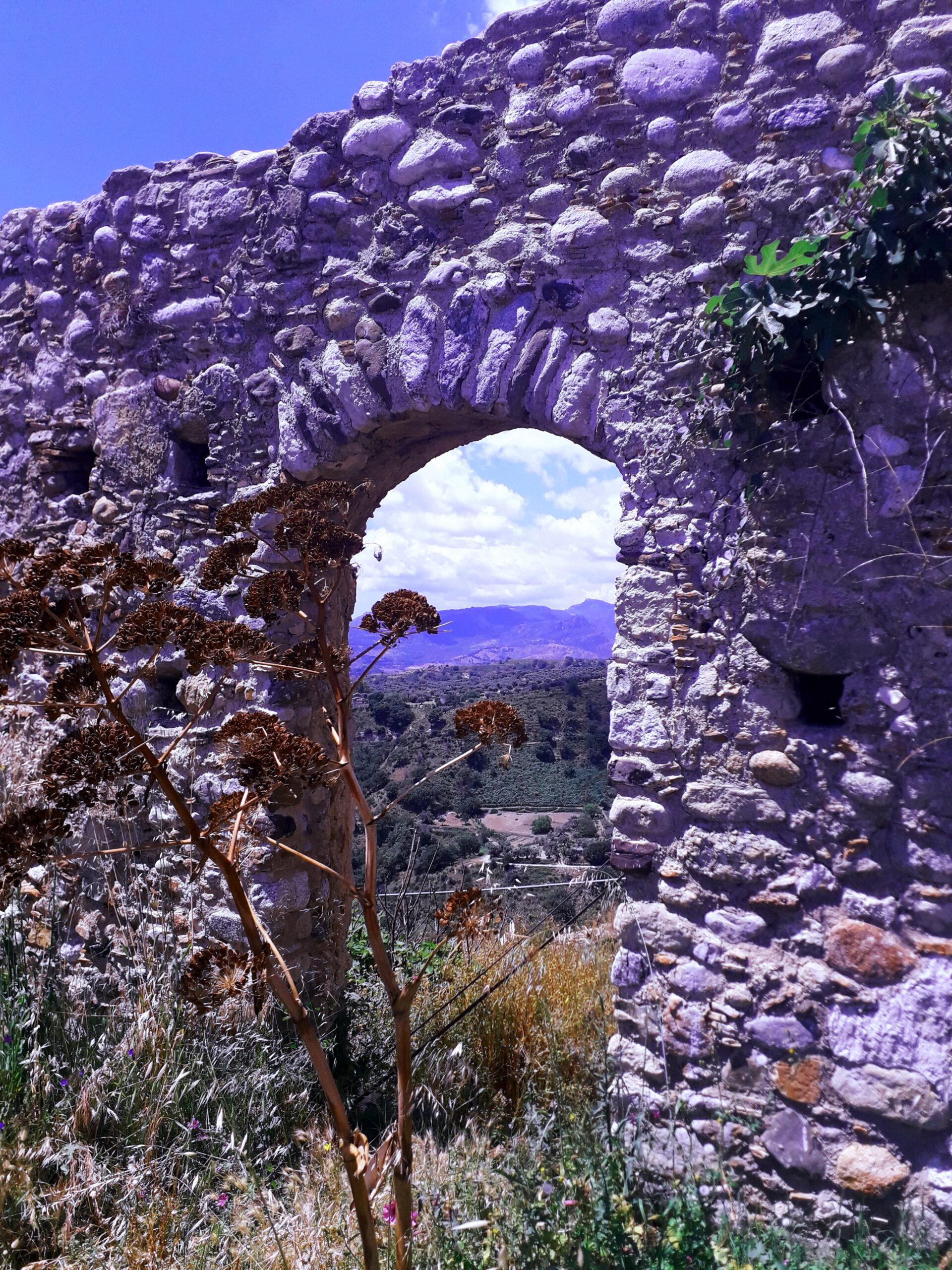 Ruderi del Castello  di Bovalio Superiore