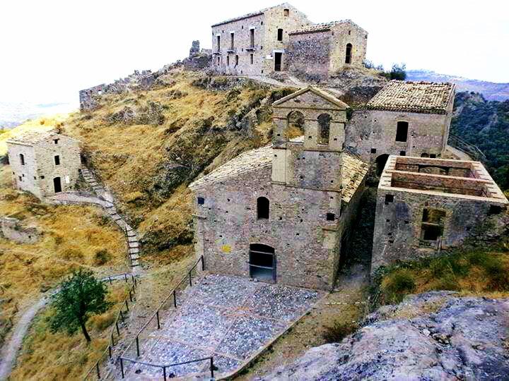 Borgo antico Precacore