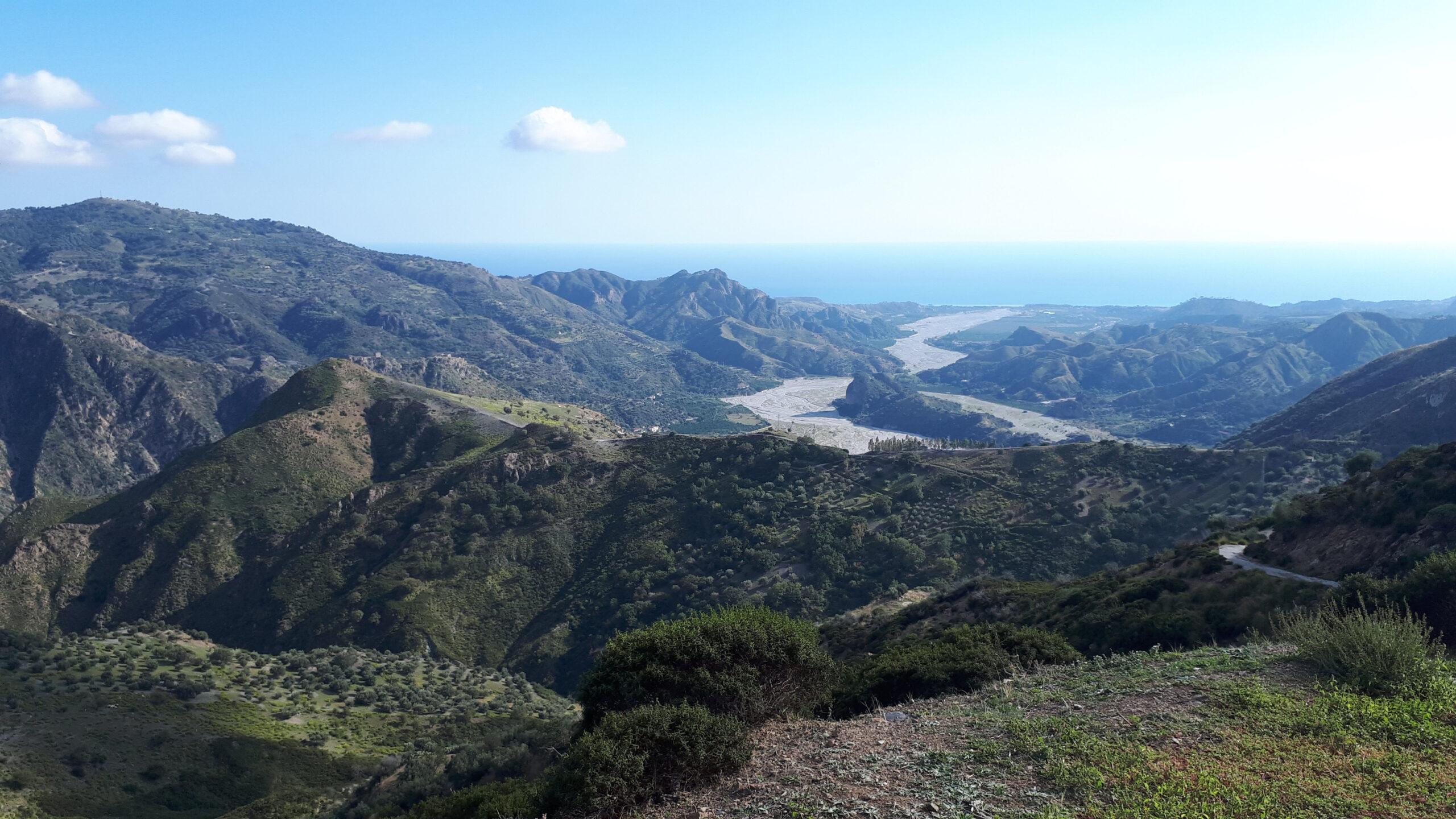 Panorama sulla Fiumara Amendolea da Gallicianò